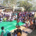 School children gather to see the padayatra